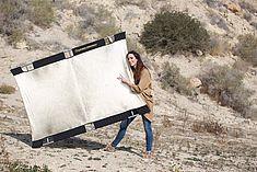 TREDY-fashion Online Magazin. Making-of Shooting in Alicante Spanien. Shooting Licht durch Reflektor Sunbouncer